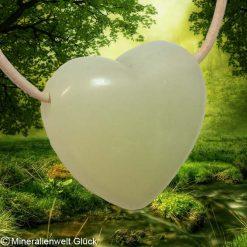 Jade Herz gebohrt, Mineralien, Heilsteine